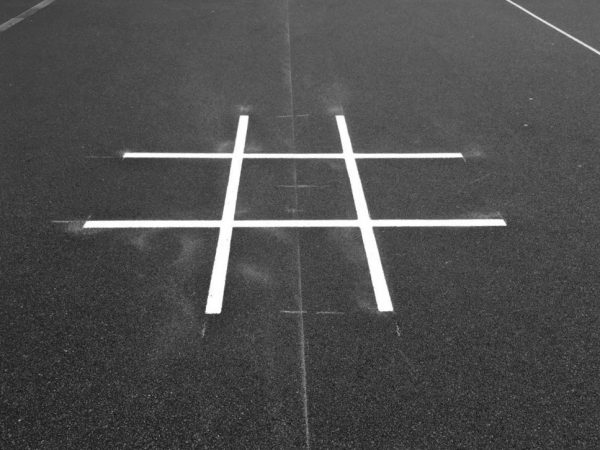 TMG010-2 Noughts and Crosses Large