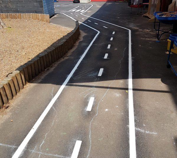 TMR011 Road Track